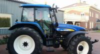 Трактор New Holland TM 140