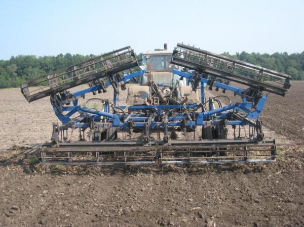 Культиватор КПС трехрядный, предпосевной, для тракторов от 80 до 170 л.с.