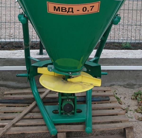 МВУ-700, МВД-0,7 Машина внесения удобрений