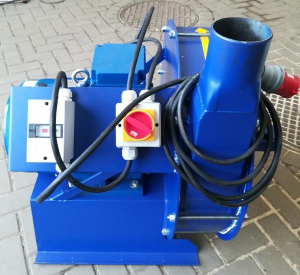 Зернодробилка молотковая дробилка ДКУ подрібнювач зерна 11 кВт Osuch RZ 11