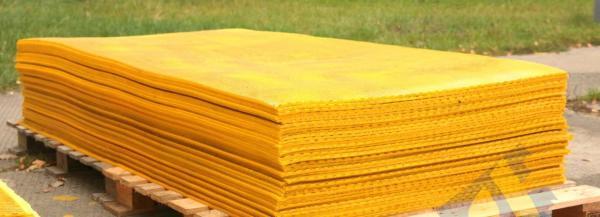 Полиуретановые плиты для футеровки самотечных зернотоков и зернохранилищ