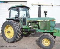 Трактор John Deere 4240