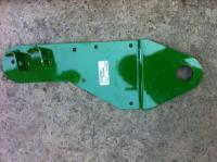 AH165095 Пластина прижимная правая