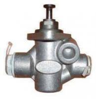 Насос топливный 04224442 двигатель DEUTZ 2012,  2013, 1015