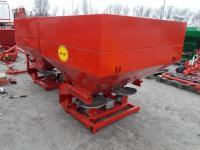 Навісний розкидач 1000 кг фірми Jar-Met Польща