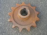 Звездочка приводная КСТ-1,4 (13 зуб.)