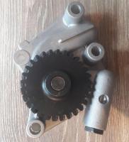 Насос масляный двигателя Yanmar 4D92E/4D94E/4D94LE YM129900-32001