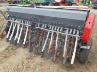 Механическая навесная сеялка б/у 2,7 м на 25 рядов Agromet, Польша