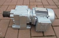 Мотор-редуктор 0.55Kw 207 min