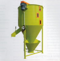 Вертикальный смеситель для кормов Twister М01/6