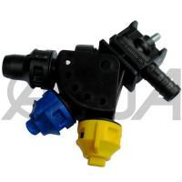 Форсунка маятниковая тройная концевая шланговая Arag Agroplast AP0-100/GW08/K